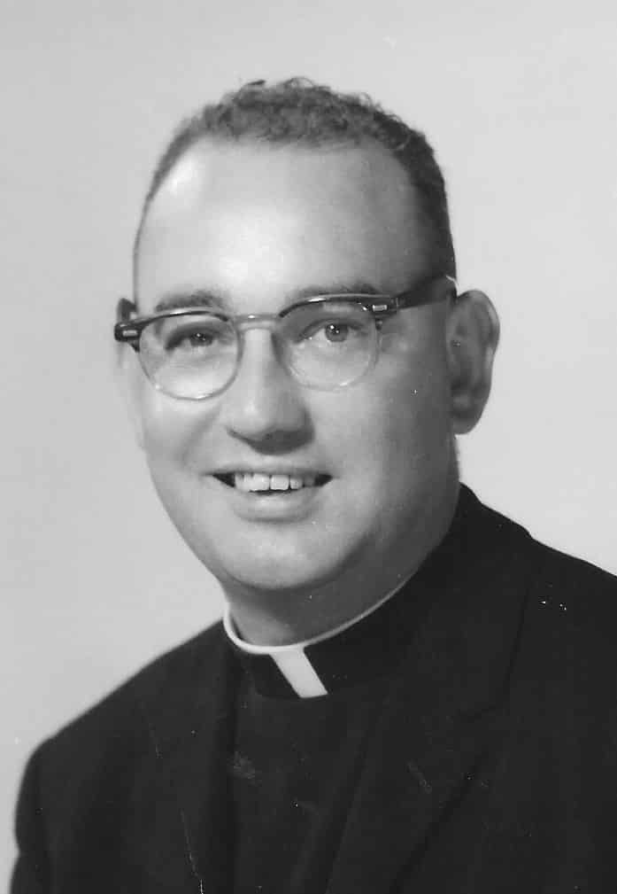 paulist_fr-_thomas_murphy_as_a_young_priest