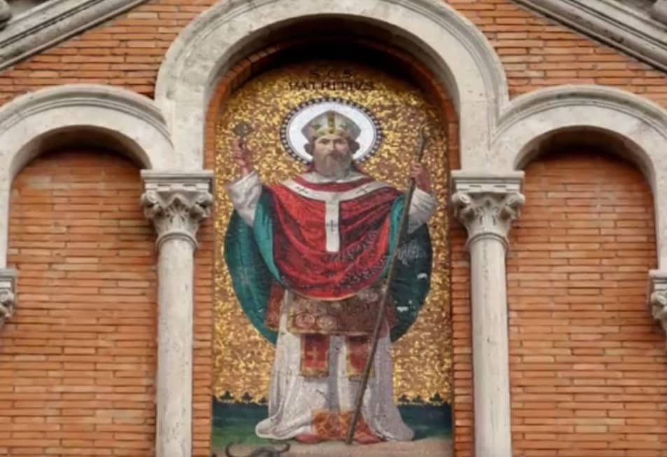 A mosaic on the front of St. Patrick's / San Patrizio in Rome