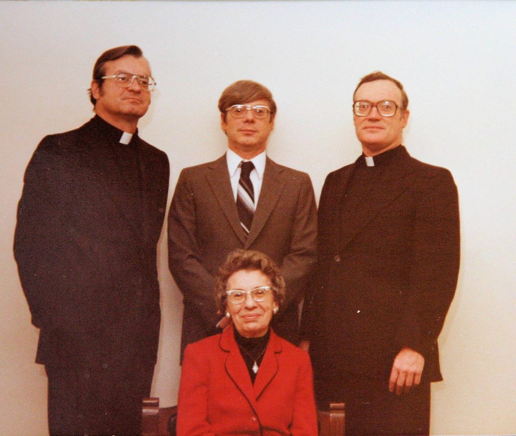 paulist-fr-john-kenny-and-family