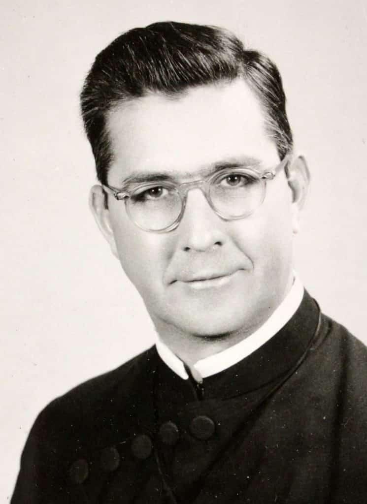 Paulist Fr. Frank Diskin
