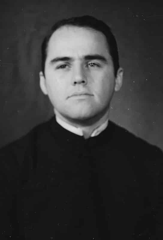 Paulist Fr. Tim Tighe