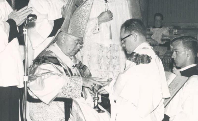 sullivan-ordination-800x490