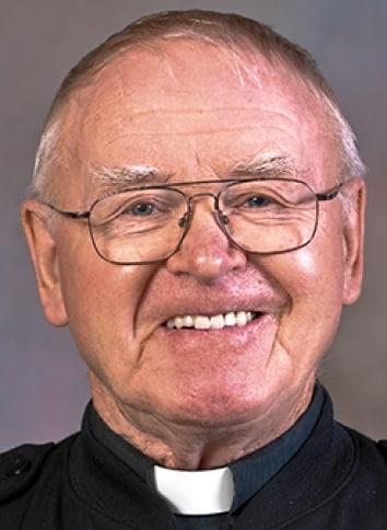 Paulist Fr. Kevin Devine
